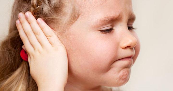 5 jel, amiből csecsemőknél felismerhető a fülgyulladás