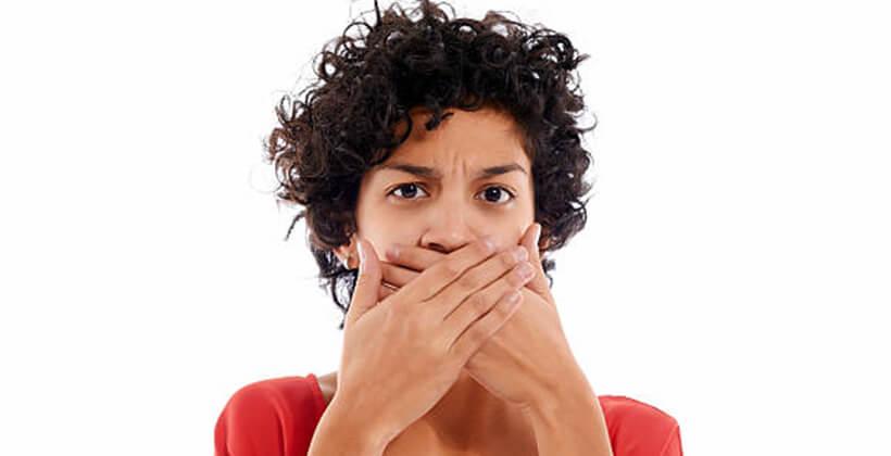 betegségek, amelyekből a rossz lehelet