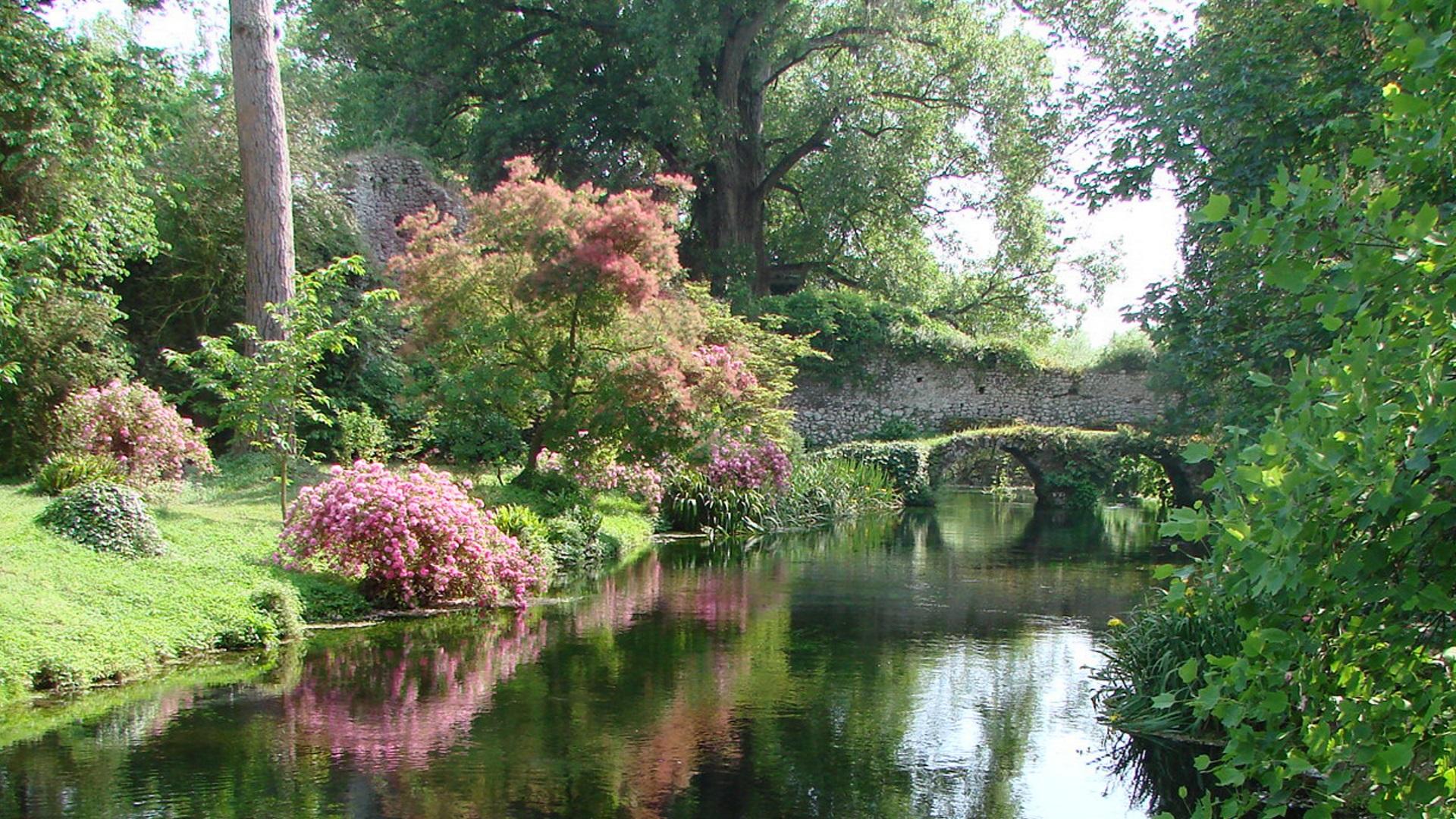 I giardini di ninfa roma, Róma: Rómától 70 km-re van Európa második legszebb kertje, a Nimfa kert