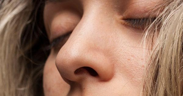 Bûzös lehelet - Dr. Király Gasztroenterológiai Intézet, Éles acetonszag a szájból